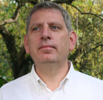 Mark Simons BA(Hons) DIP NDEA4 DEA DEC OCDEA EDI3